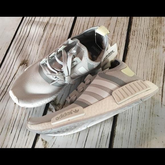 945d54ebd5d1b Men s Adidas Originals NMDR1 Primeknit Runner US 7